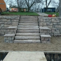 Redi-wall project on Hamburg Lake