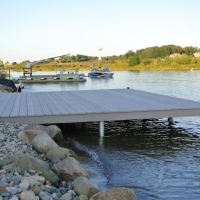 Side view of 20' x 15' South Lyon, MI platform dock