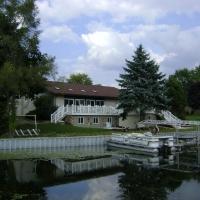 8-15-2011b-078
